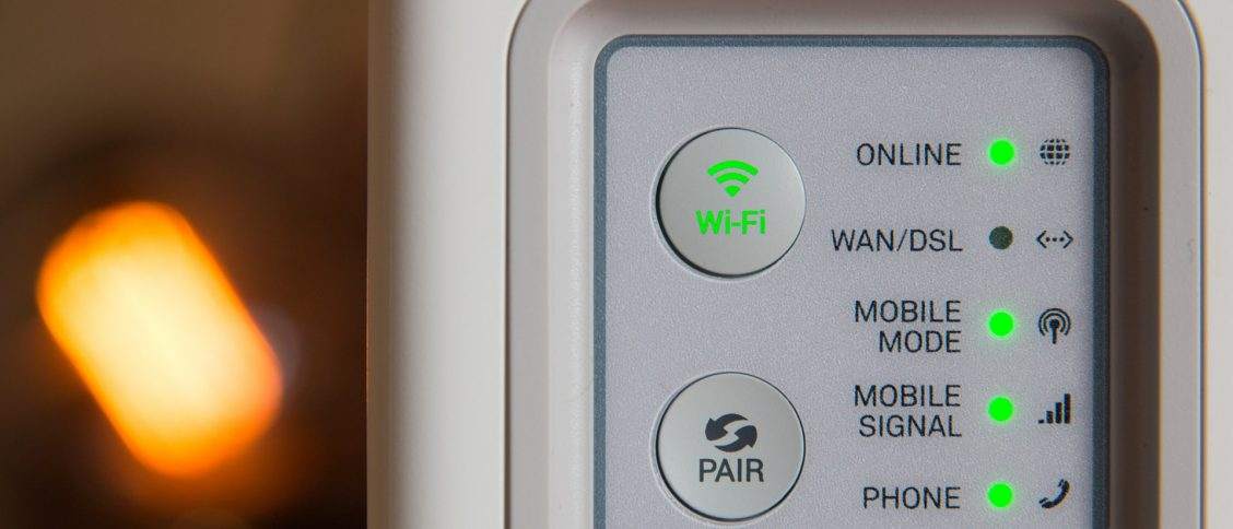 What is the 4 main type of network devices in the UK